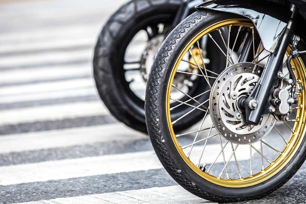 ¿Cada cuánto cambiar las ruedas de las motos?