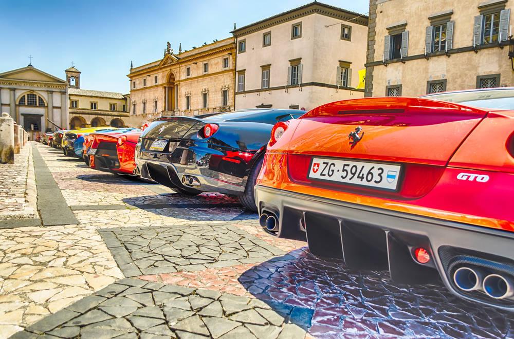 Engañado en la compra de un Ferrari
