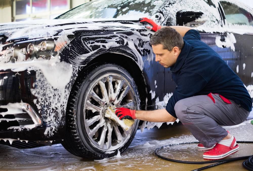 Aprende a limpiar el coche de manera sencilla y sin mucho esfuerzo