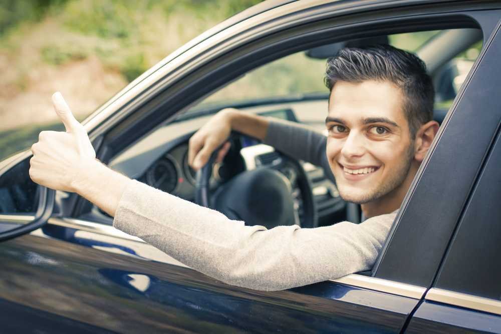 Conoce los coches sin carnet: ventajas y requisitos para tener el tuyo